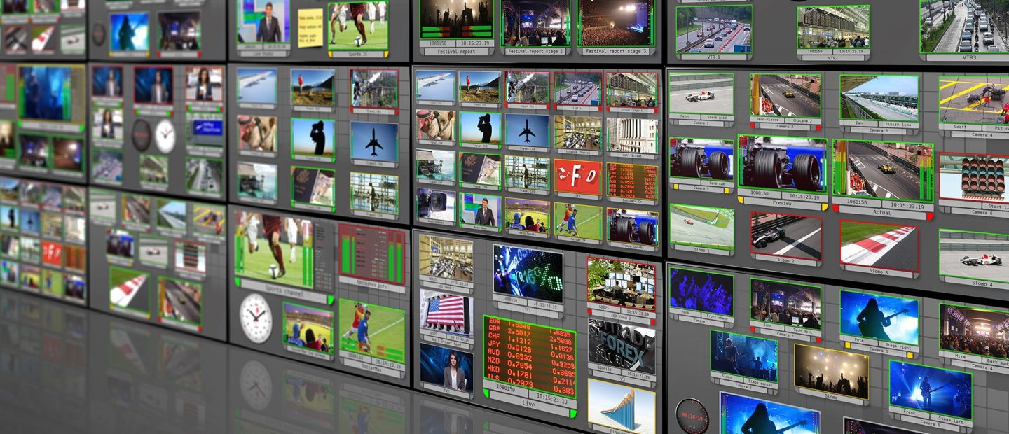 15-TV-screens-perspective-mirror-correct-AR-blurred